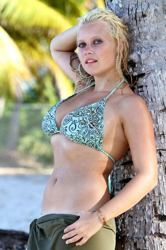 große schöne brüste